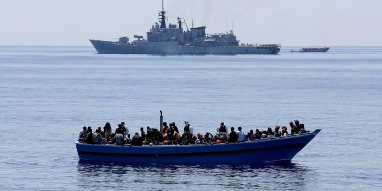 L'UE lance une mission navale contre les passeurs de migrants