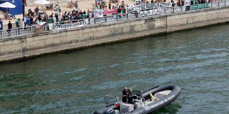 """Faible affluence et calme à """"Tel Aviv sur Seine"""""""