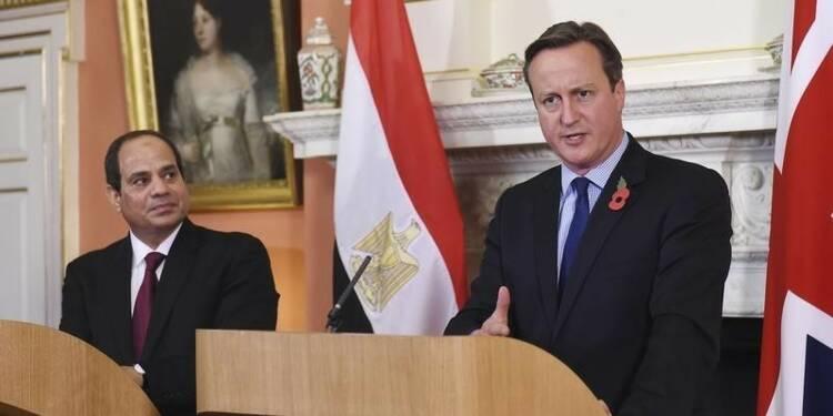 Londres juge probable qu'une bombe a détruit l'A321 russe