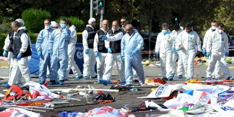 Un double attentat dans le centre d'Ankara fait 86 morts