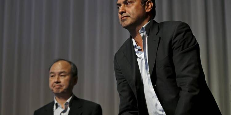 SoftBank nomme un nouveau président et mise sur l'international