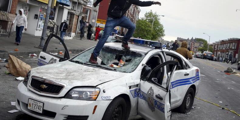 Etat d'urgence après des émeutes à Baltimore, 15 policiers blessés