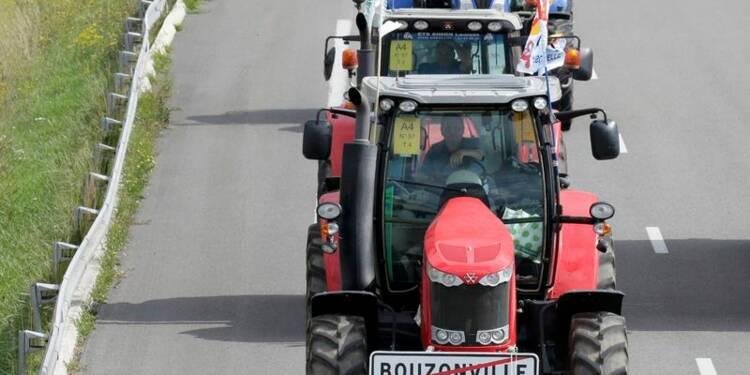 Les agriculteurs en colère à l'assaut de Paris