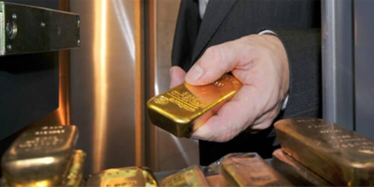 L'once d'or franchit le seuil de 1.700 dollars