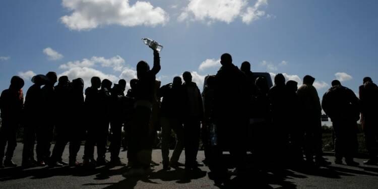 Vingt-et-un migrants blessés dans une rixe à Calais