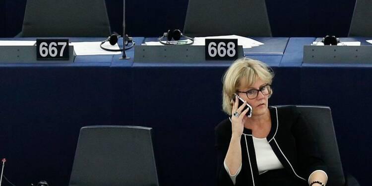 Nicolas Sarkozy accorde un sursis à une Nadine Morano inflexible