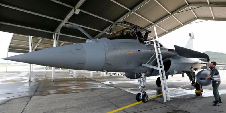 Première mission de reconnaissance aérienne française en Syrie