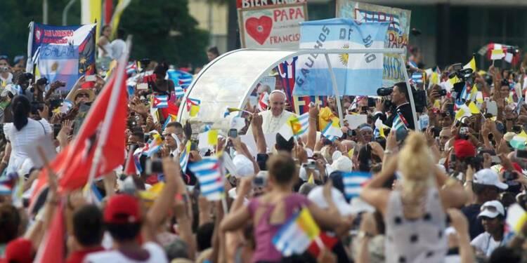 François célèbre la messe place de la Révolution, à La Havane