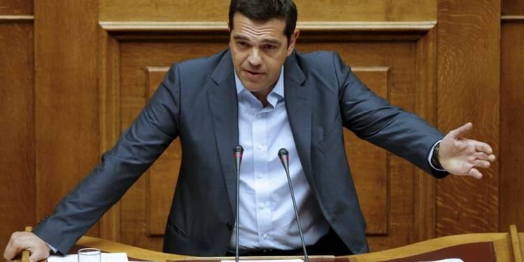 Les députés grecs votent le plan d'aide, Syriza divisé