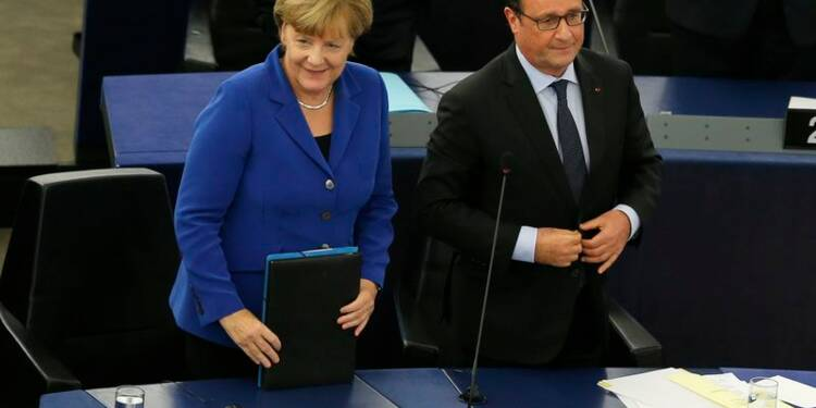 Hollande et Merkel réclament plus d'Europe face aux crises