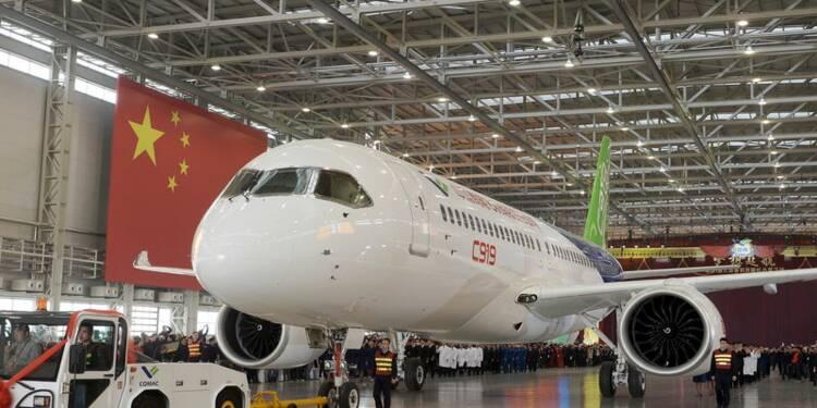 La Chine dévoile le Comac C919, son premier avion de ligne