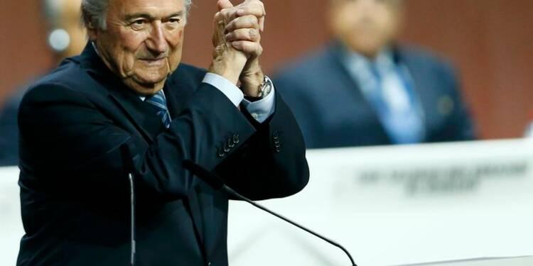 """Réélu président, Sepp Blatter promet une Fifa """"plus forte"""""""