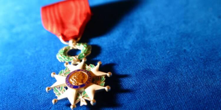 Légion d'honneur : les réseaux Sarkozy sont décorés à la chaîne