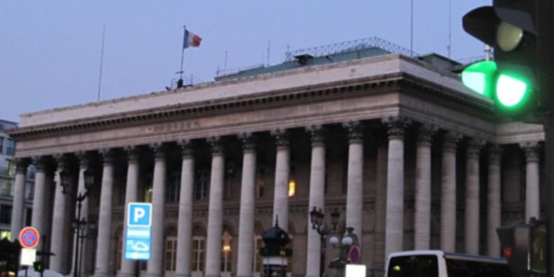 La Bourse de Paris clôture en hausse grâce à une fin de séance canon