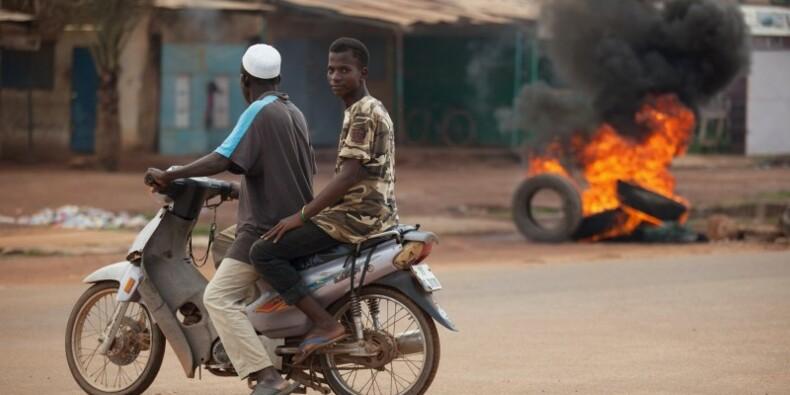 L'armée du Burkina Faso appelle la junte à déposer les armes