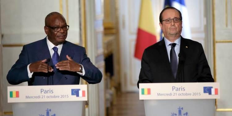 Hollande annonce une aide de 360 millions d'euros pour le Mali