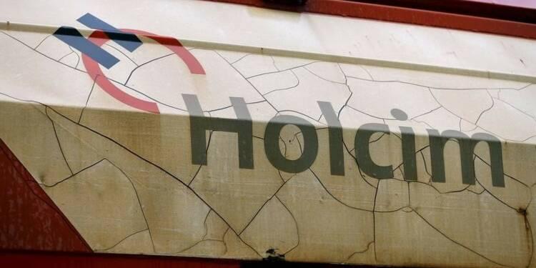 La fusion Lafarge-Holcim bute sur des milliards russes