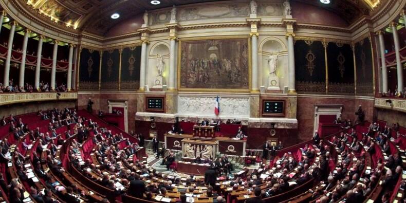 """L'Assemblée durcit la loi sur les """"parachutes dorés"""""""