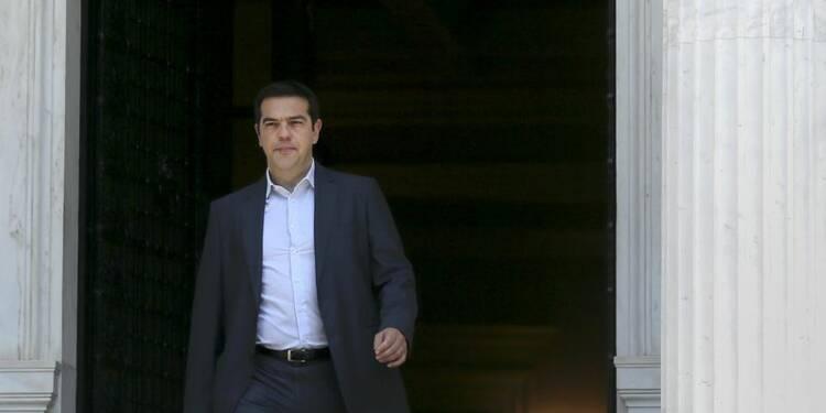 Tsipras tente de convaincre en Grèce, l'UE attend son offre