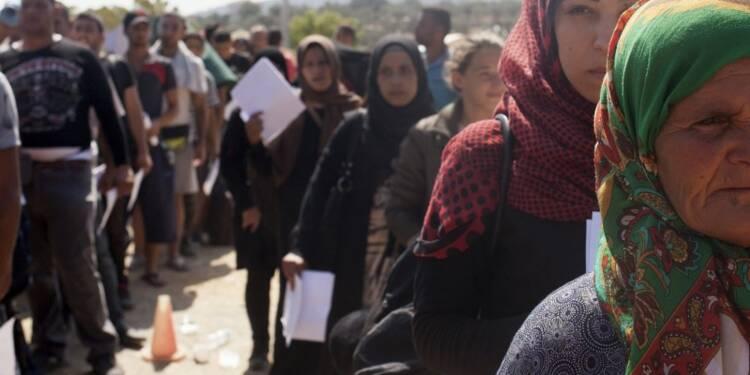 Bernard Cazeneuve condamne toute distinction entre les réfugiés