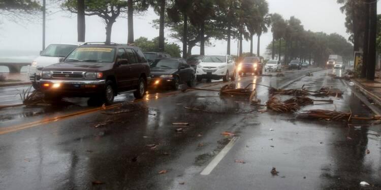 La tempête Erika balaye les Caraïbes et se dirige vers la Floride