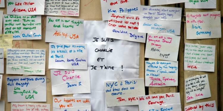 Elan de solidarité pour permettre la survie de Charlie Hebdo