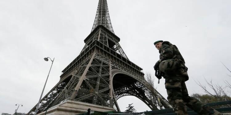 Valls mieux que Sarkozy en matière de sécurité, selon un sondage