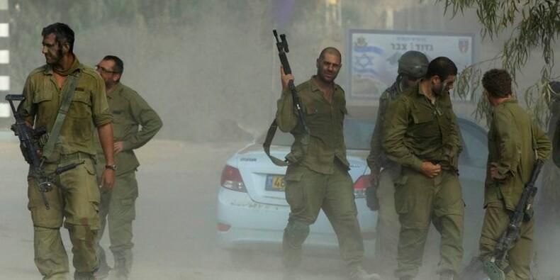 Relative accalmie à Gaza, le Hamas dit accepter une trêve