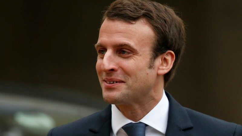 Macron salue l'action de la BCE et insiste sur les réformes
