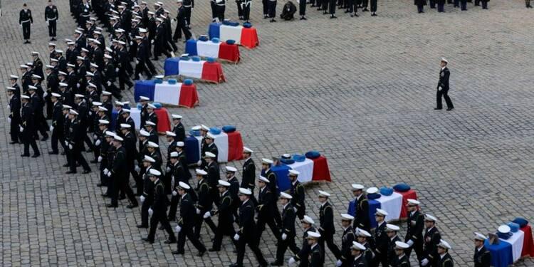 Hommage national pour les neuf militaires tués en Espagne