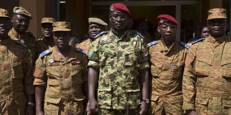 L'armée clarifie la situation au Burkina Faso