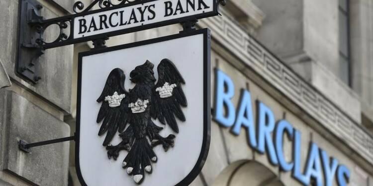 Barclays met des fonds en réserve pour d'éventuelles amendes