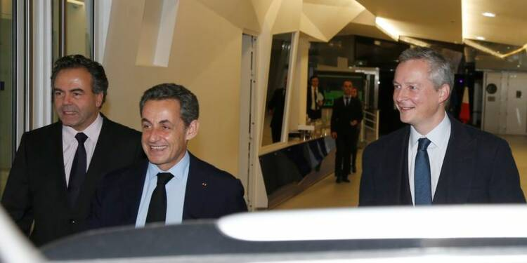 Nicolas Sarkozy entame la reconstruction de l'UMP