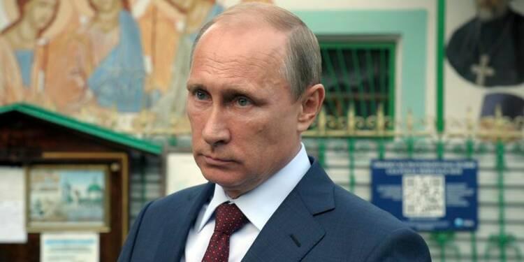 Les sanctions européennes contre la Russie entrent en vigueur