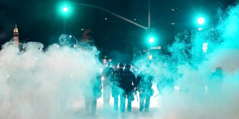 Manifestations anti-violences policières et heurts en Californie