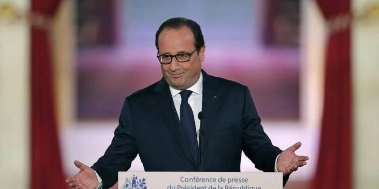 """François Hollande se dit """"président, pas candidat"""""""