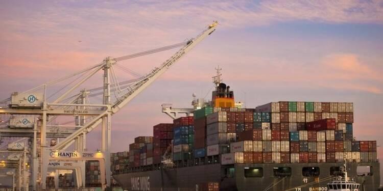 Déficit commercial moins marqué que prévu en juin aux Etats-Unis