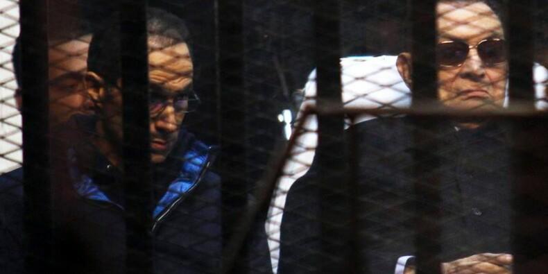 Abandon des poursuites contre Moubarak pour les morts de 2011