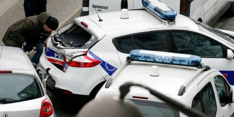 La police recherche trois hommes, dont deux frères