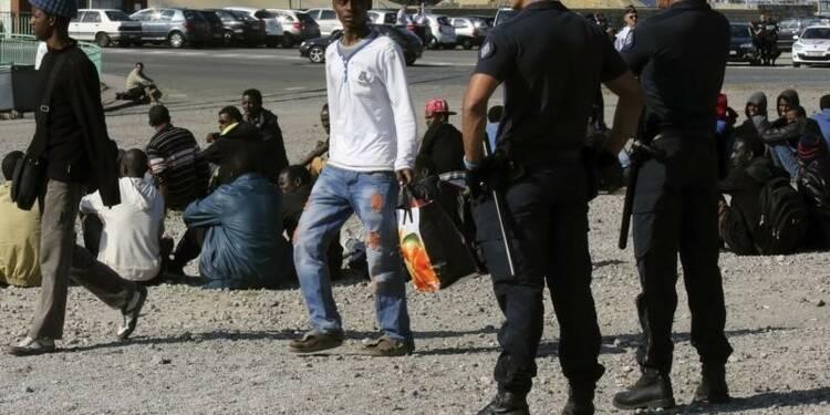 Nouvelles tensions entre migrants à Calais