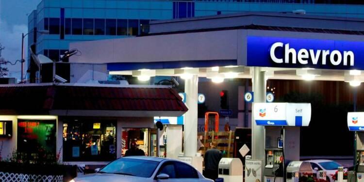 Exxon et Chevron dopés par leurs activités de raffinage