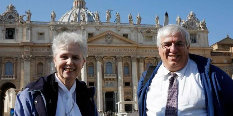 Des défenseurs des droits des homosexuels reçus au Vatican