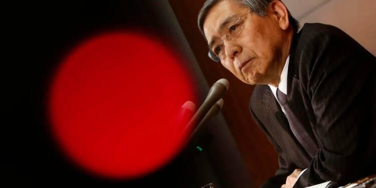 La Banque du Japon, plus confiante, ne modifie pas sa politique