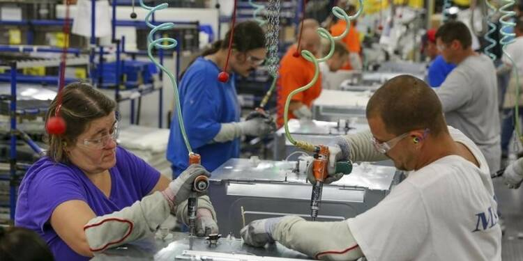 L'indice ISM manufacturier moins élevé que prévu aux Etats-Unis