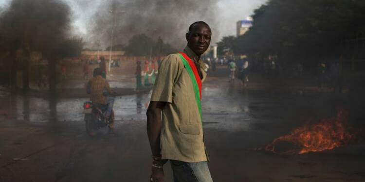 Le président burkinabé Blaise Compaoré aurait démissionné