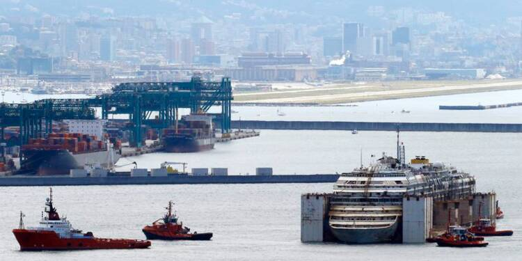 L'épave du Costa Concordia est arrivée à Gênes