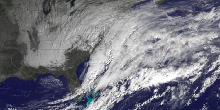 """L'Est des Etats-Unis se prépare à subir un blizzard """"historique"""""""