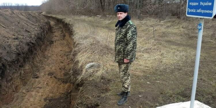 Revers militaires ukrainiens à Novoazovsk et à l'est de Donetsk