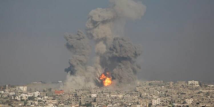 L'armée israélienne poursuit son pilonnage de la bande de Gaza