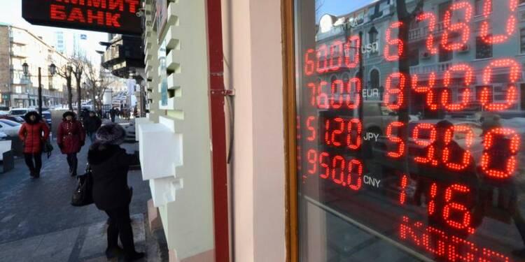 Le rouble débute la semaine en hausse face au dollar et à l'euro
